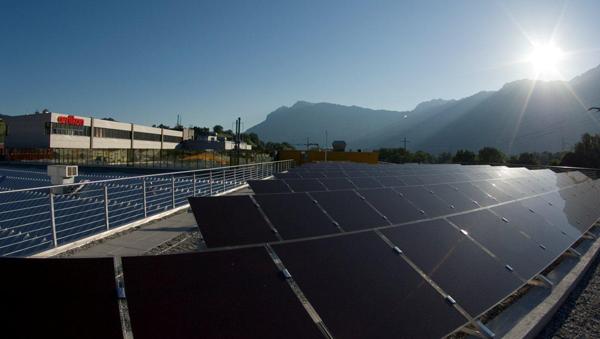 solarzellen mehr wirkungsgrad zu tieferen kosten et elektrotechnik. Black Bedroom Furniture Sets. Home Design Ideas